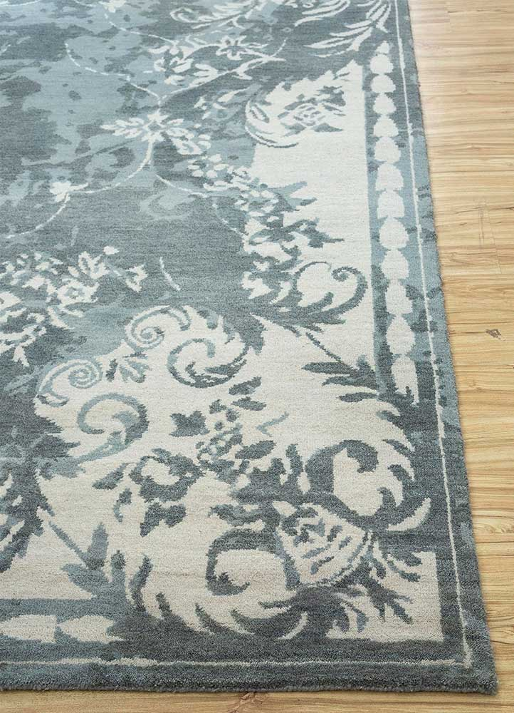 far east blue wool hand knotted Rug - Corner
