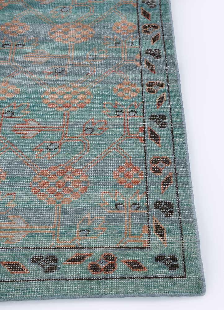 viscaya blue wool hand knotted Rug - Corner