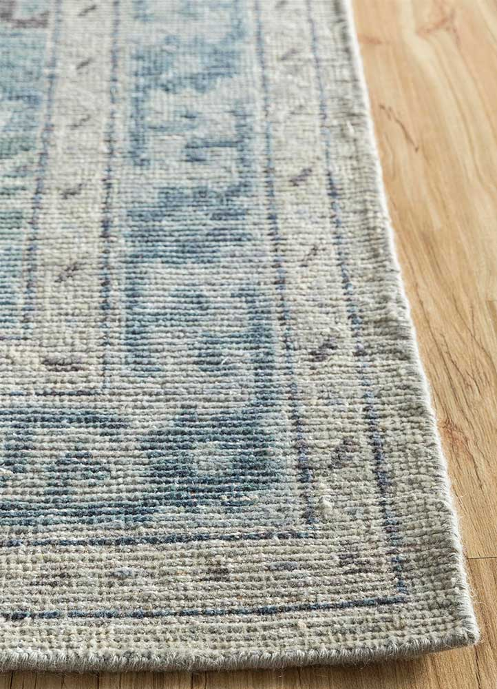 pansy blue wool hand knotted Rug - Corner