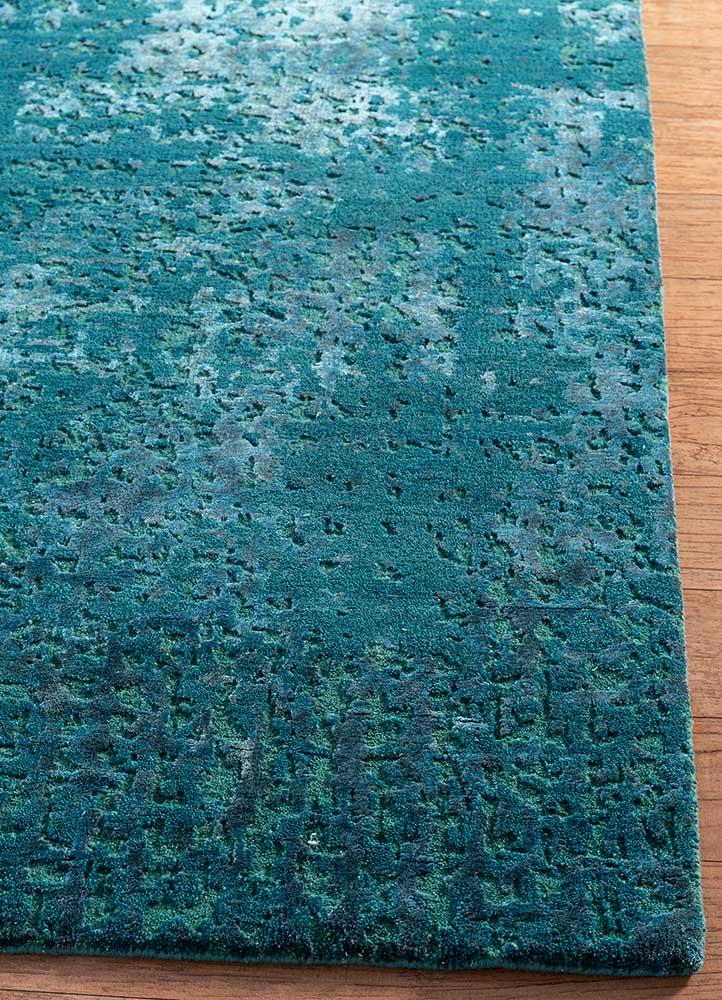 uvenuti blue wool and bamboo silk hand knotted Rug - Corner