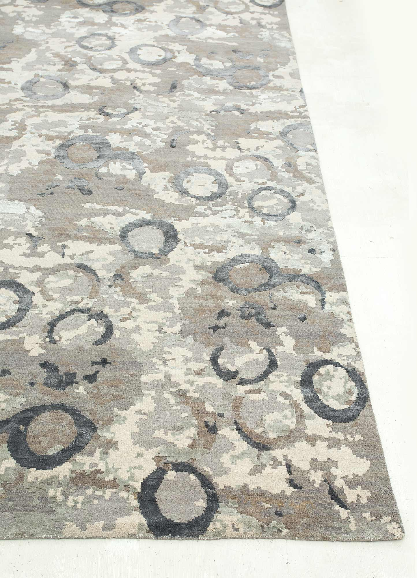 pansy grey and black wool and bamboo silk hand knotted Rug - Corner