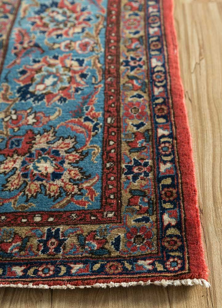 antique ivory wool and silk hand knotted Rug - Corner