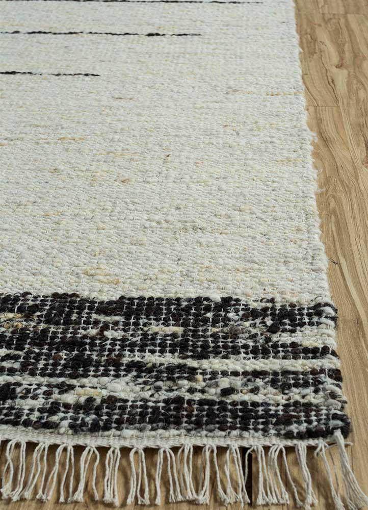 abrash ivory wool flat weaves Rug - Corner