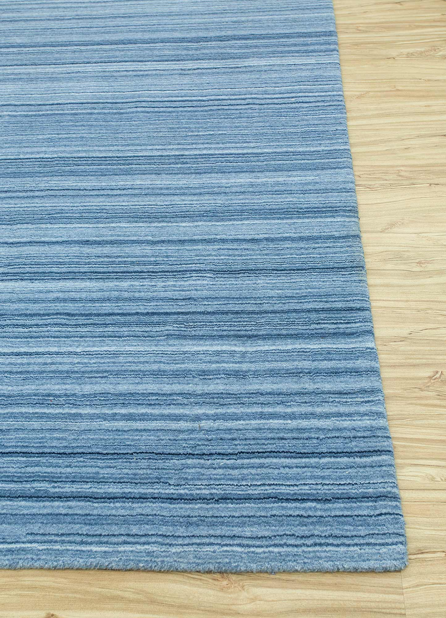 tesoro blue polyester hand loom Rug - Corner