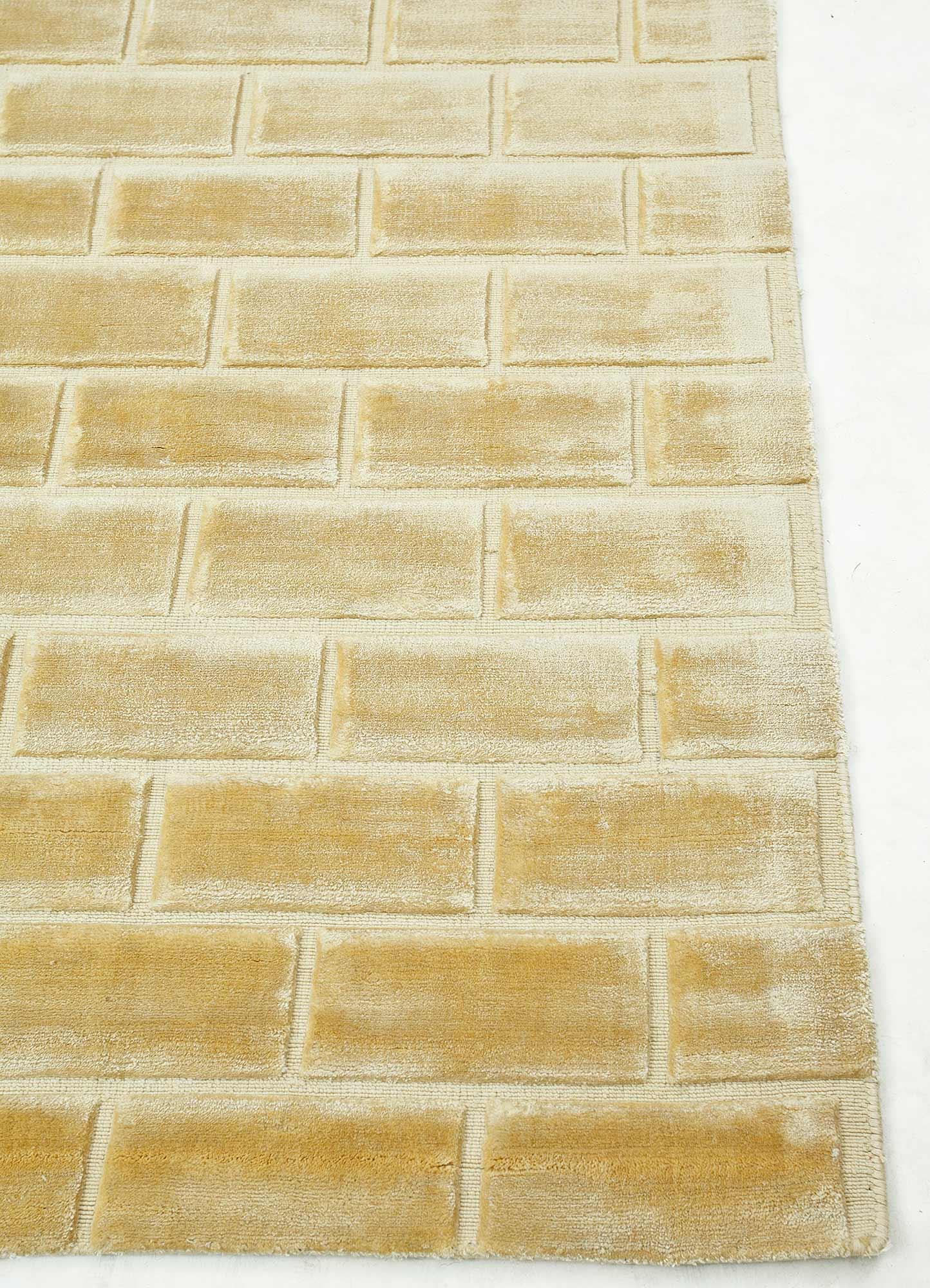 castle gold viscose hand loom Rug - Corner