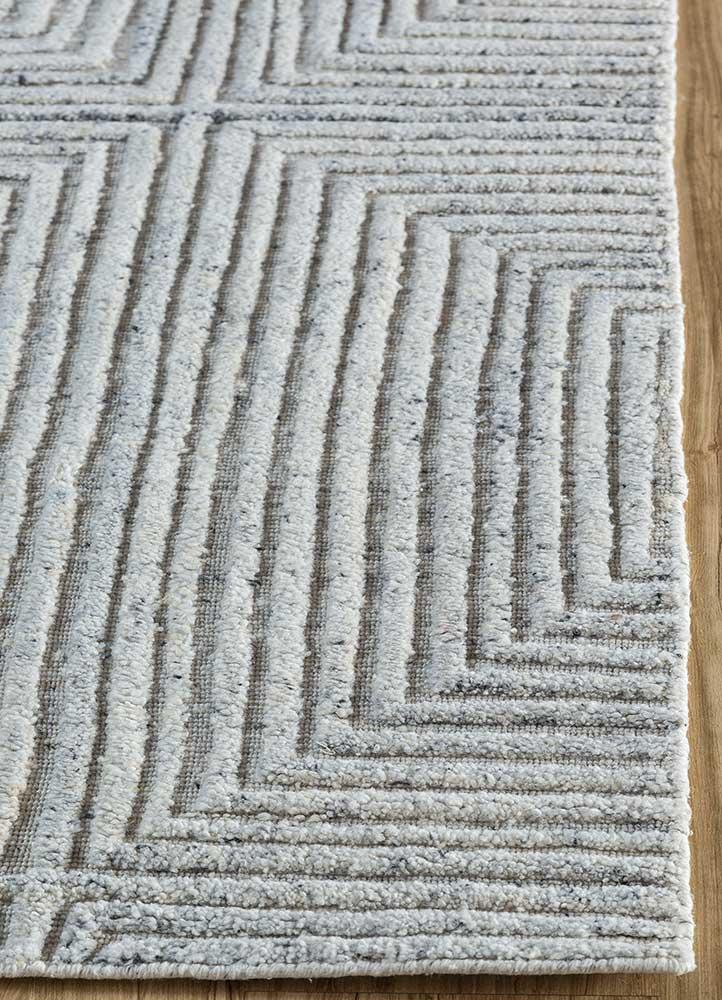 graze ivory viscose hand loom Rug - Corner