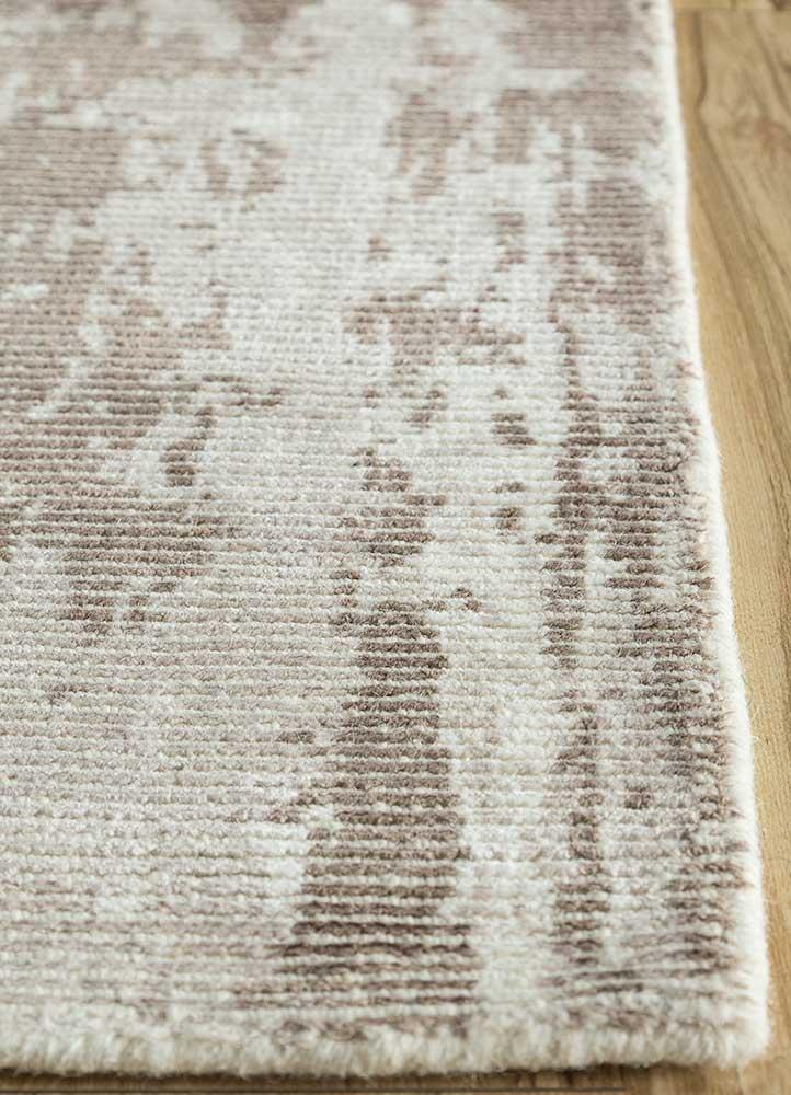 acar beige and brown wool and viscose hand loom Rug - Corner