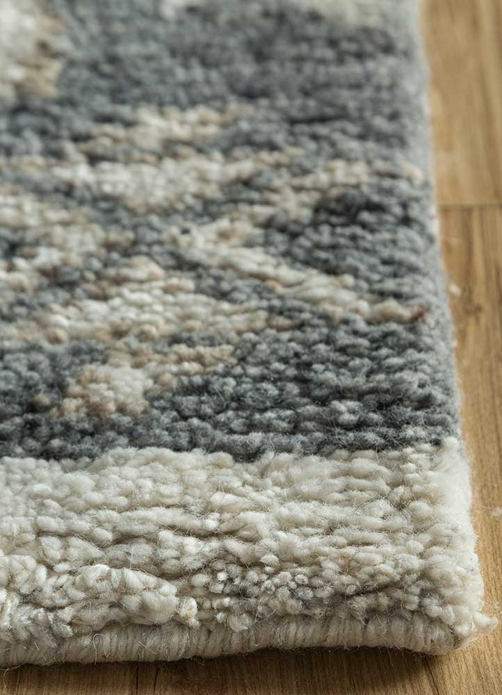 liberty blue wool hand knotted Rug - Corner