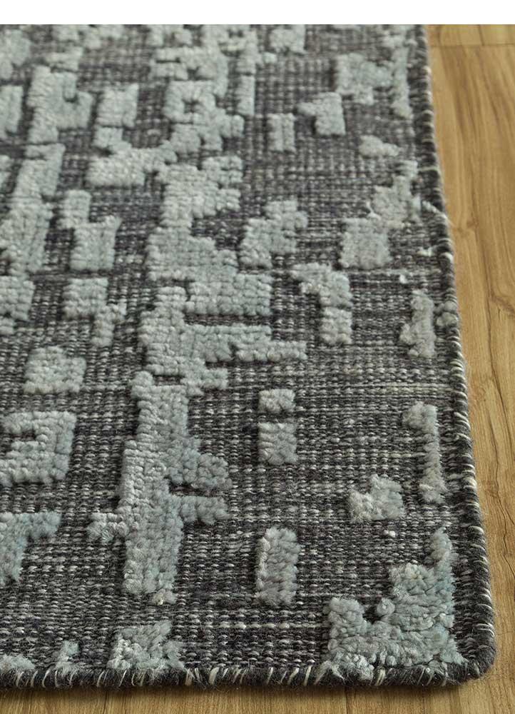 esme grey and black wool hand knotted Rug - Corner