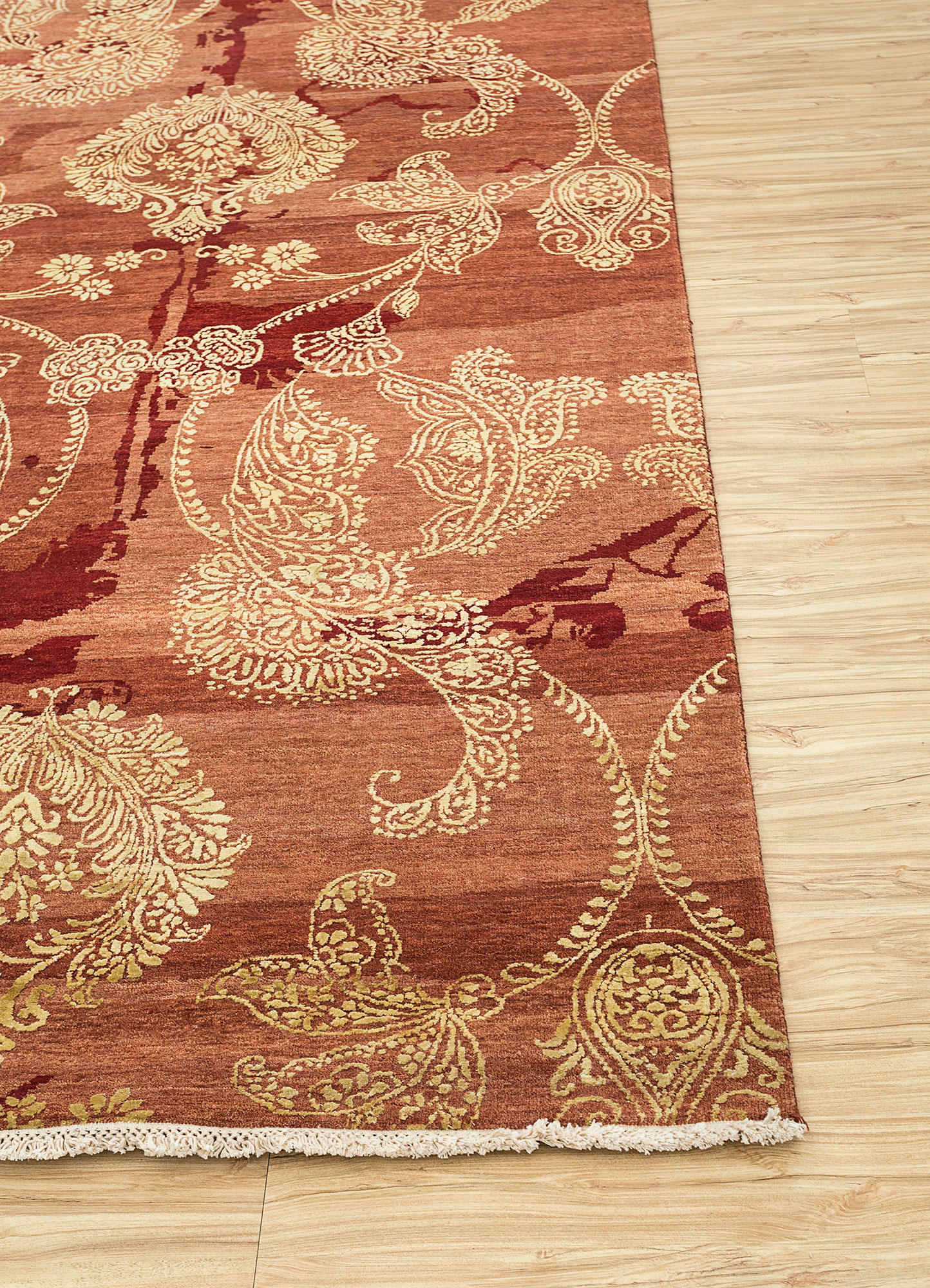 blithe red and orange wool and silk hand knotted Rug - Corner
