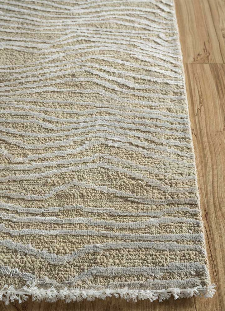 entropy ivory wool and silk hand knotted Rug - Corner