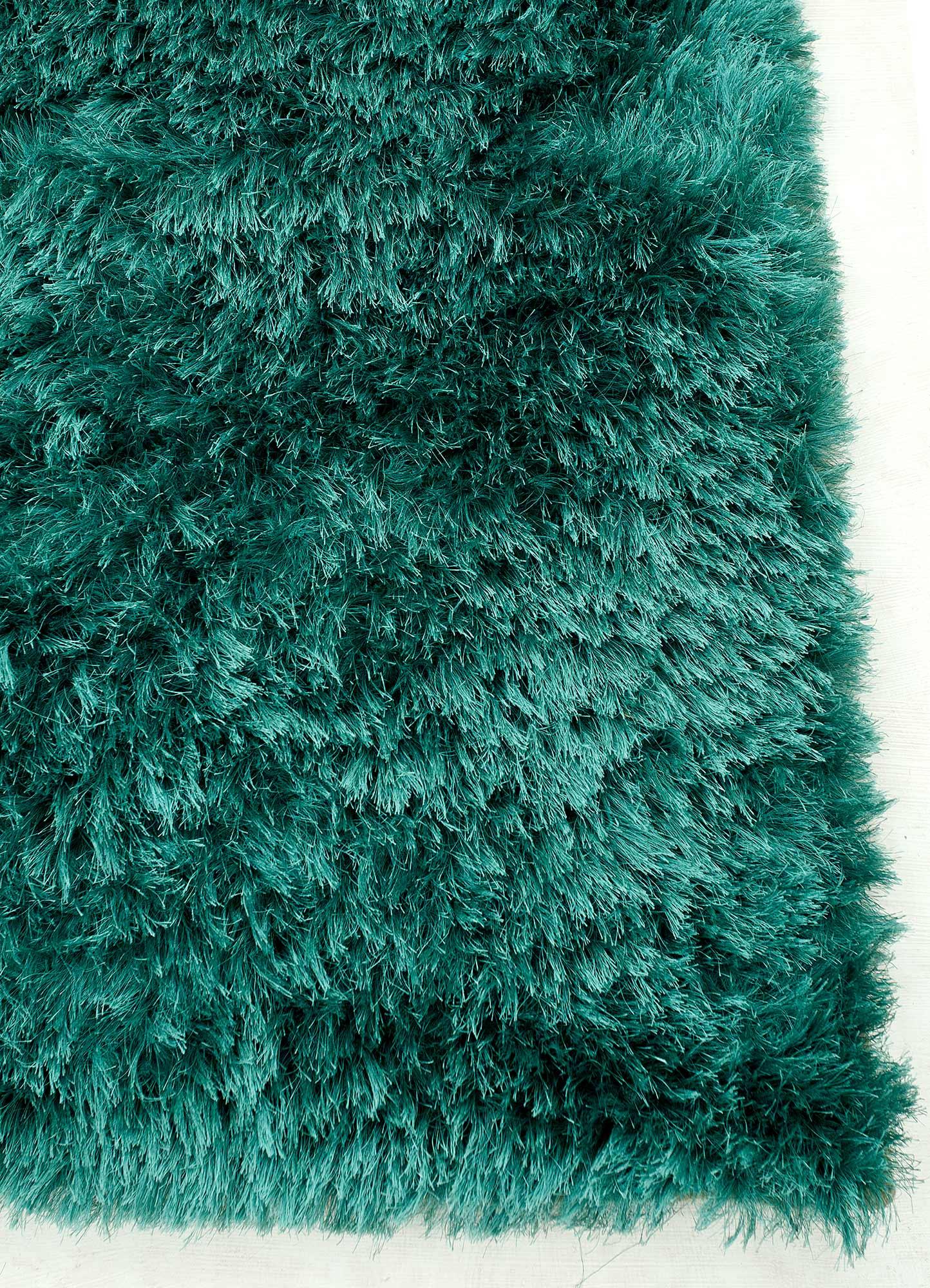 verve blue polyester shag Rug - Corner