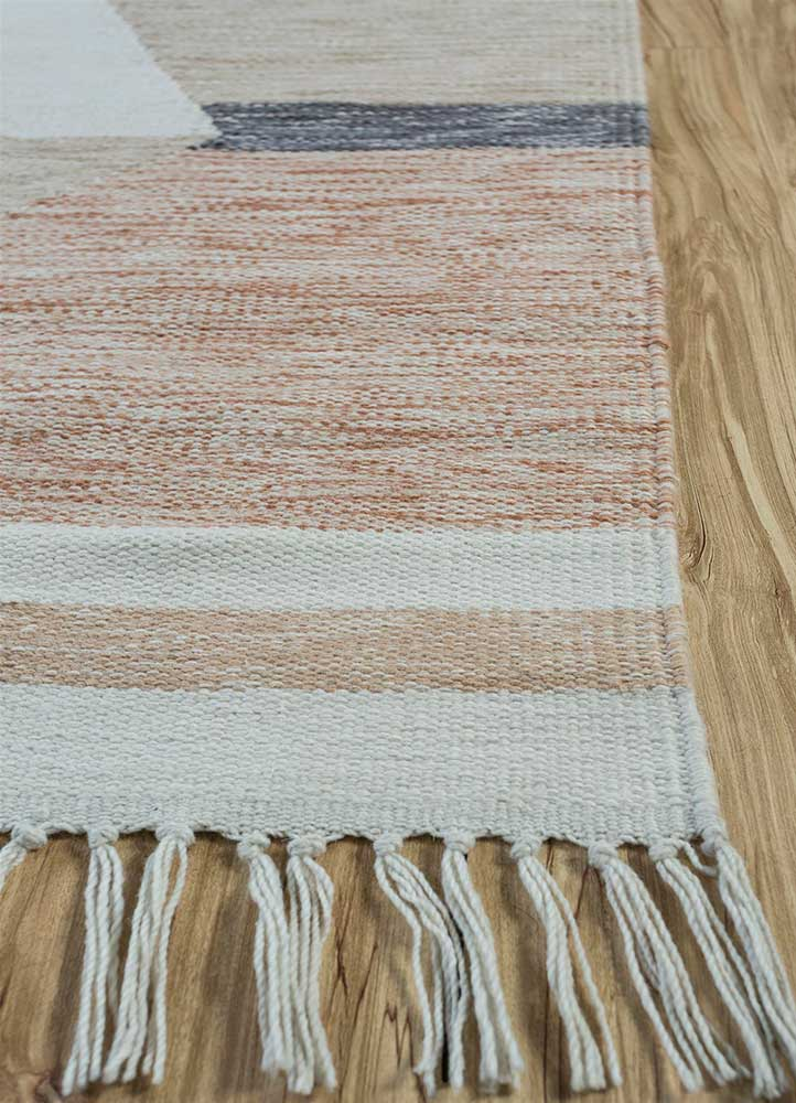 indusbar grey and black wool flat weaves Rug - Corner