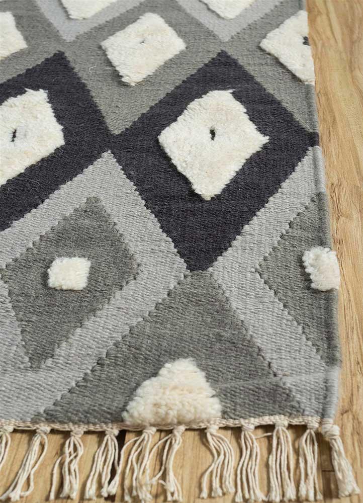 indusbar blue wool flat weaves Rug - Corner