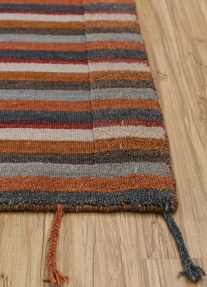 tesoro red and orange wool hand loom Rug - Corner