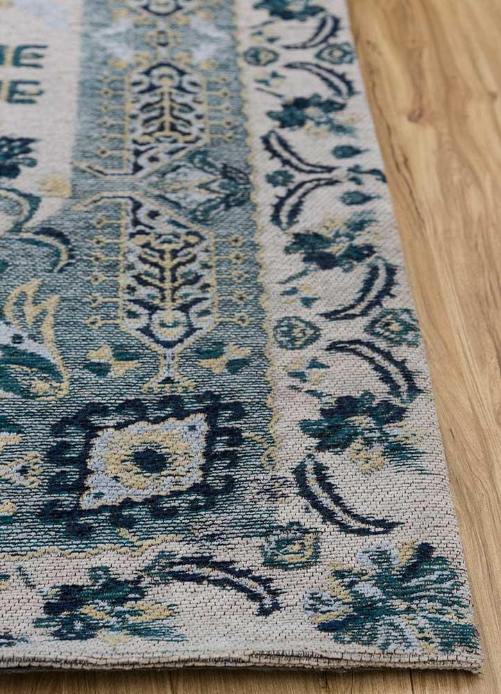 memoir green wool and viscose hand loom Rug - Corner