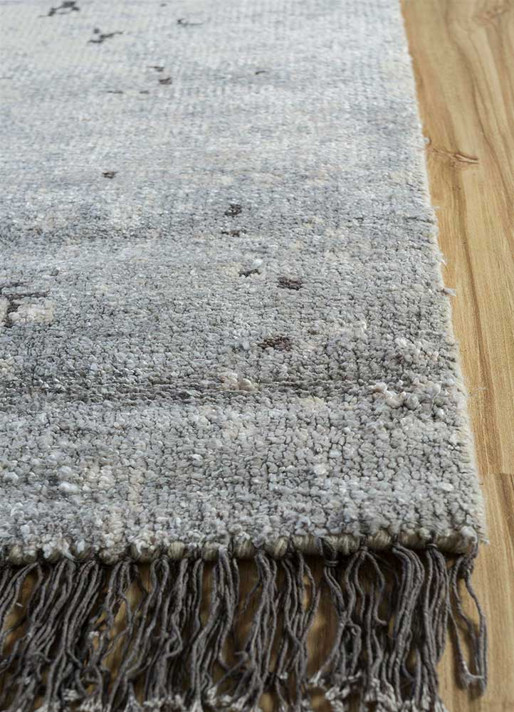 erbe gold bamboo silk hand knotted Rug - Corner