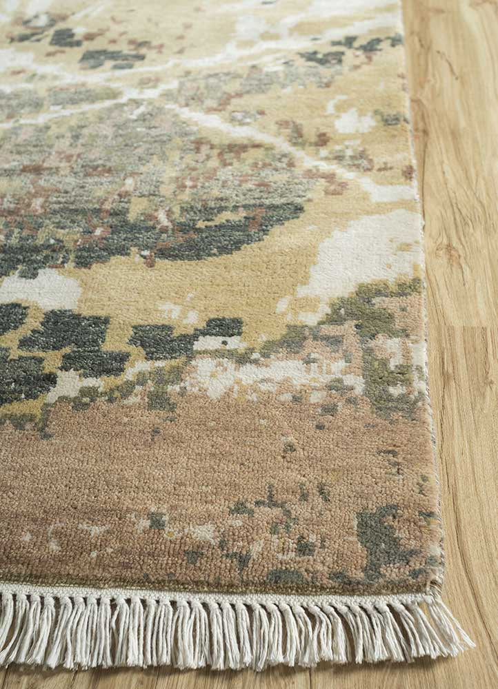 pansy gold wool and bamboo silk hand knotted Rug - Corner