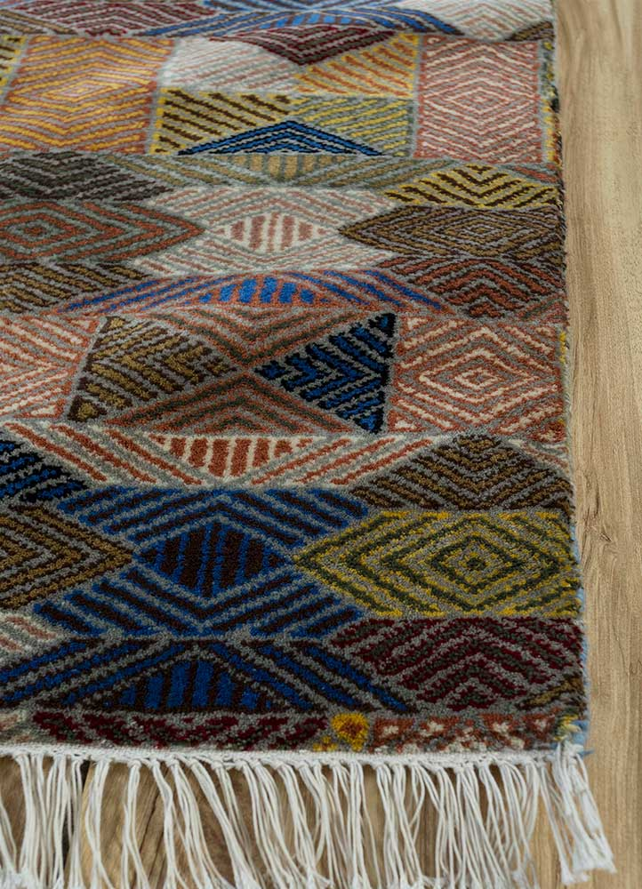 erbe beige and brown wool hand knotted Rug - Corner