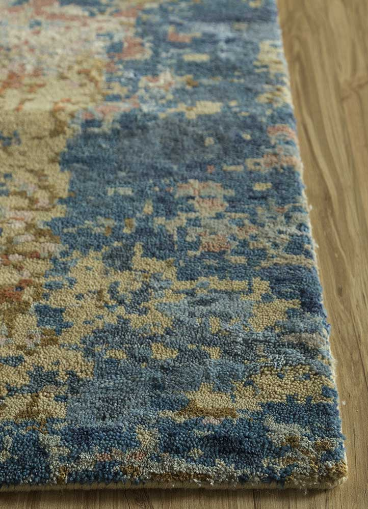 memoir gold wool and silk hand knotted Rug - Corner