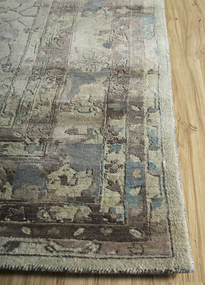 far east ivory wool and viscose hand knotted Rug - Corner