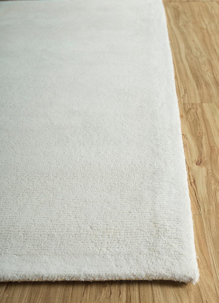 shudd ivory polyester hand tufted Rug - Corner