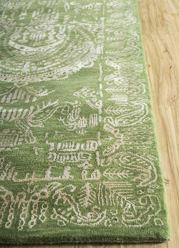 kilan green wool and viscose hand tufted Rug - Corner