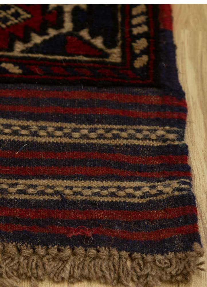 vintage blue wool hand knotted Rug - Corner
