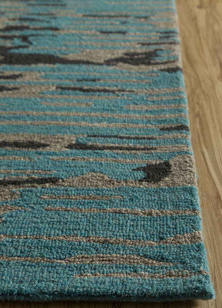 transcend blue wool and bamboo silk hand tufted Rug - Corner