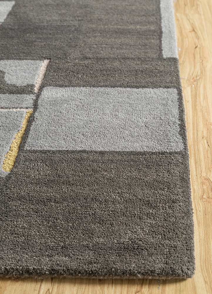 traverse grey and black wool and bamboo silk hand tufted Rug - Corner