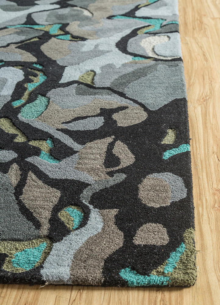 traverse grey and black wool and viscose hand tufted Rug - Corner