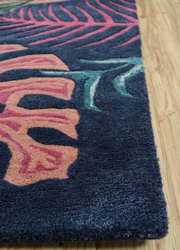 coastal blue wool and viscose hand tufted Rug - Corner