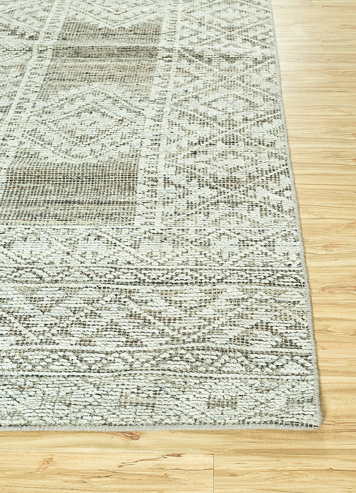 revolution blue wool and viscose hand knotted Rug - Corner