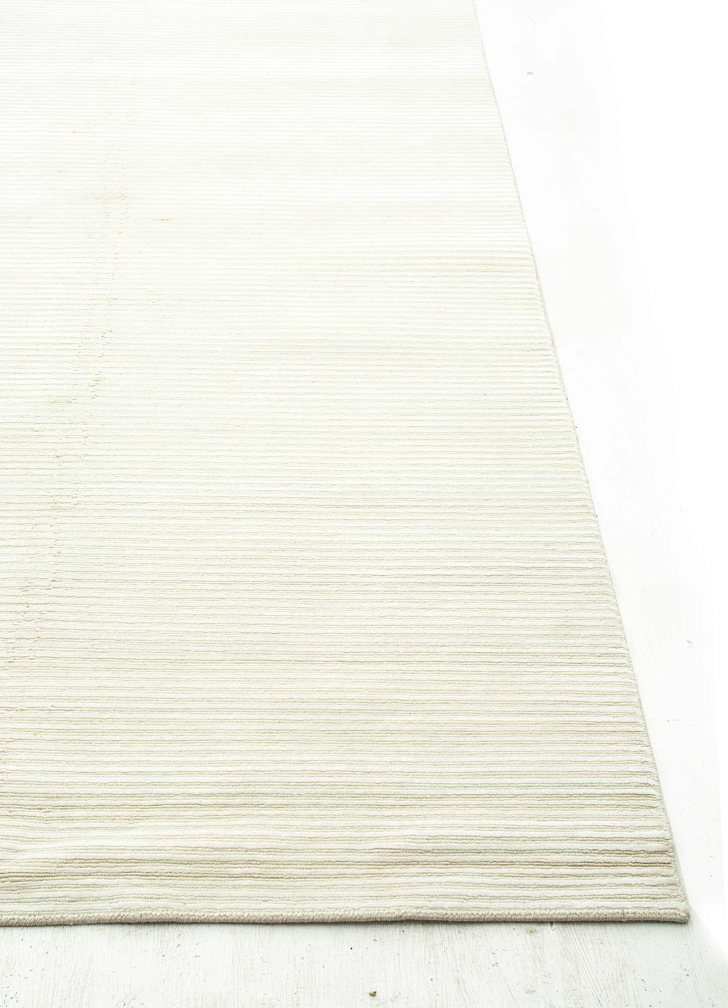 legion ivory wool and viscose hand knotted Rug - Corner