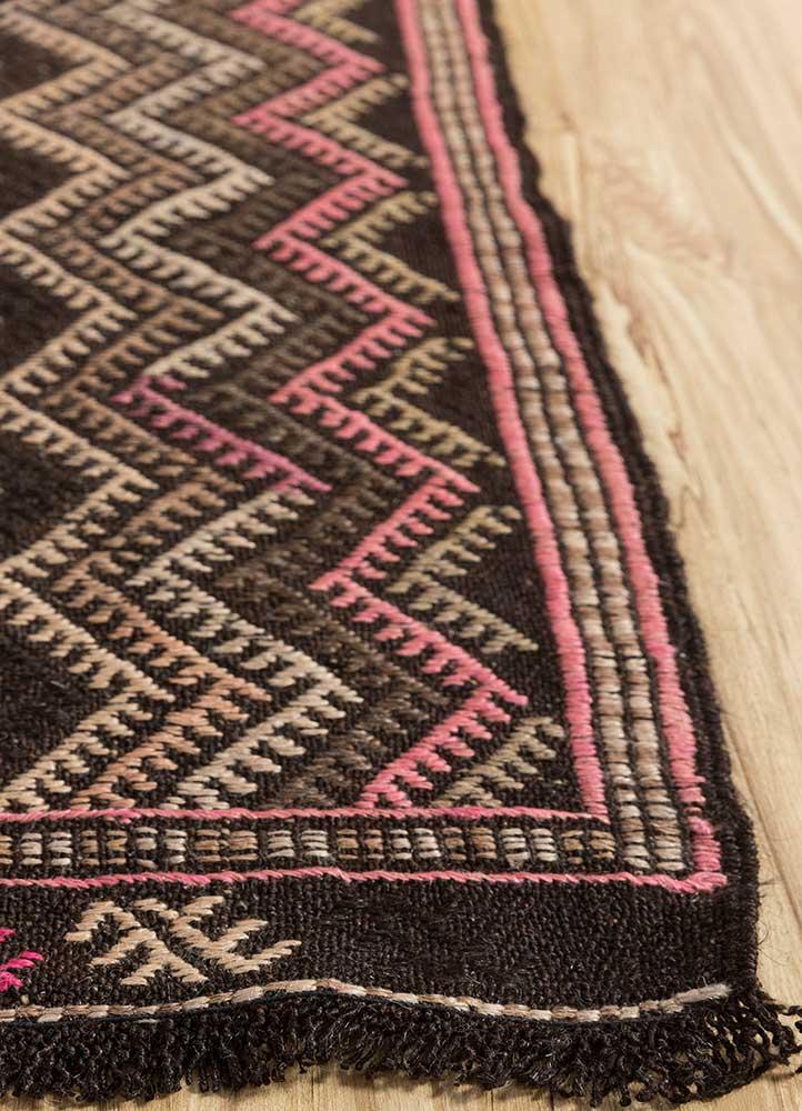 kilim pink and purple wool hand knotted Rug - Corner