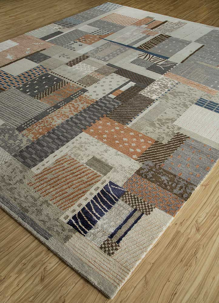 geode grey and black wool and bamboo silk hand knotted Rug - FloorShot