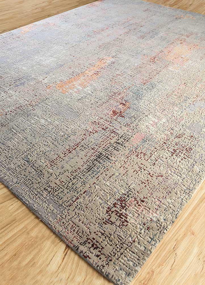 uvenuti ivory wool and bamboo silk hand knotted Rug - FloorShot