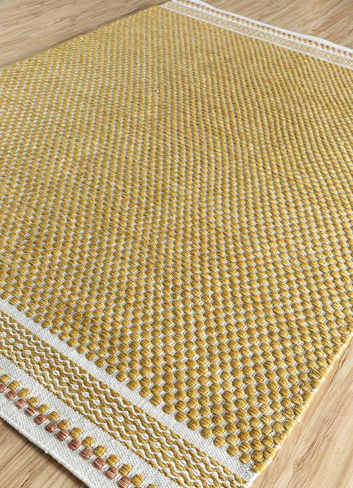 abrash gold polyester flat weaves Rug - FloorShot