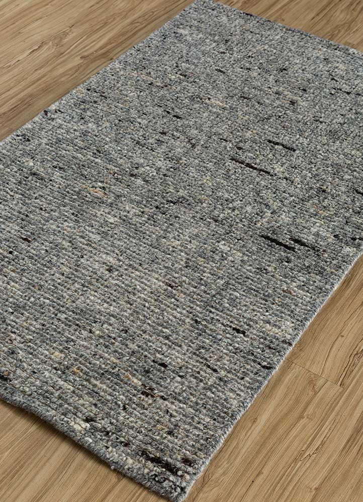zuri grey and black wool hand knotted Rug - FloorShot