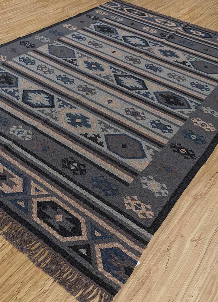 bedouin grey and black wool flat weaves Rug - FloorShot