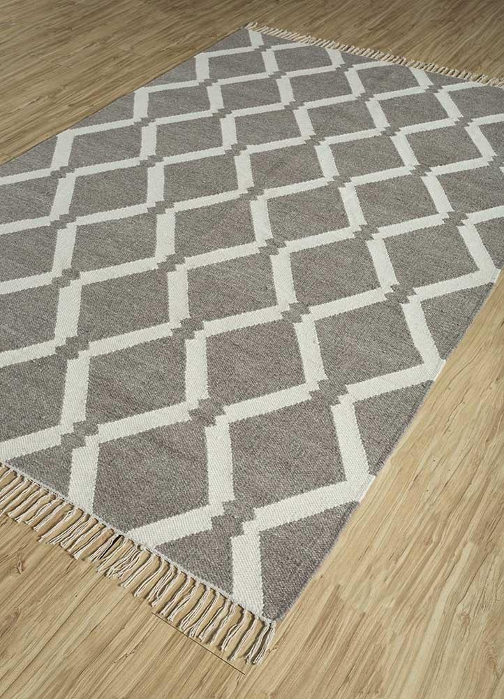 souk beige and brown wool flat weaves Rug - FloorShot