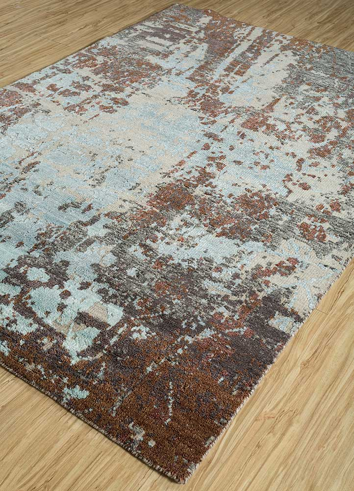 esme green wool and bamboo silk hand knotted Rug - FloorShot