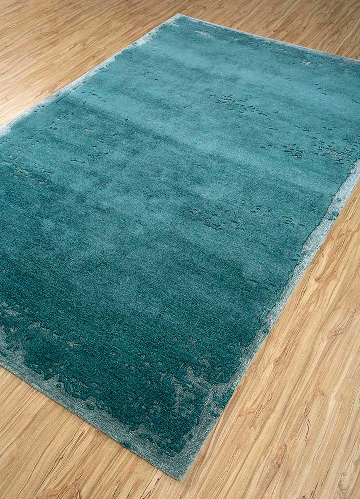 traverse blue wool and viscose hand tufted Rug - FloorShot