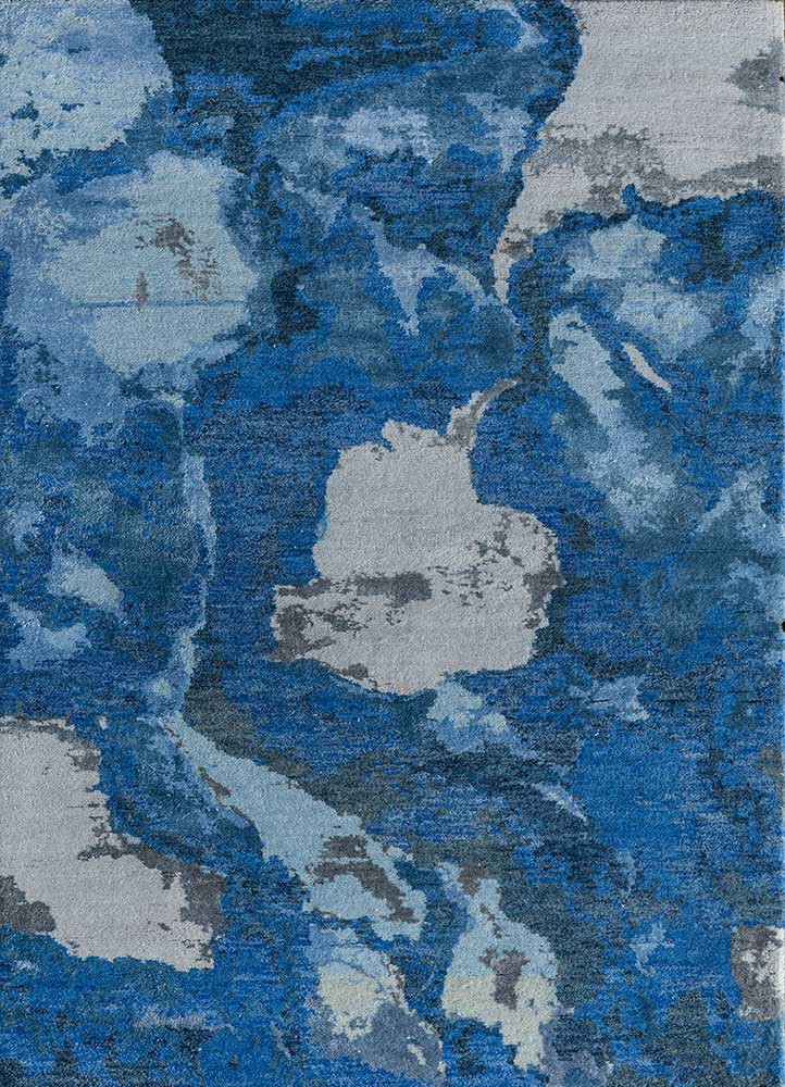kibrast blue wool and bamboo silk hand knotted Rug - HeadShot