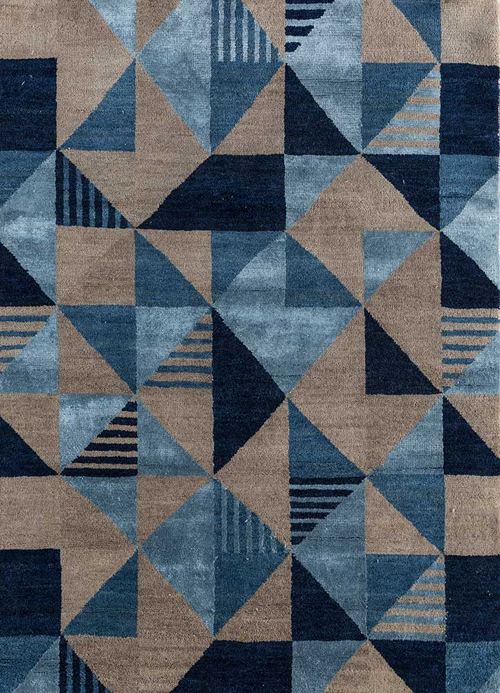 geode blue wool and bamboo silk hand knotted Rug - HeadShot