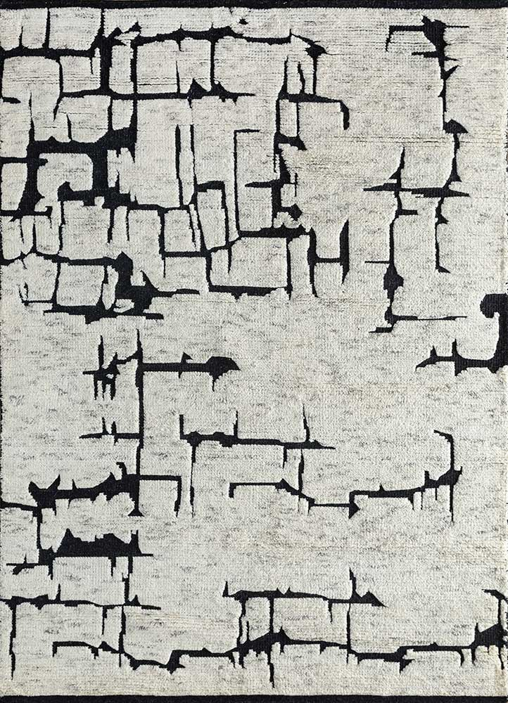 cleo grey and black wool hand knotted Rug - HeadShot