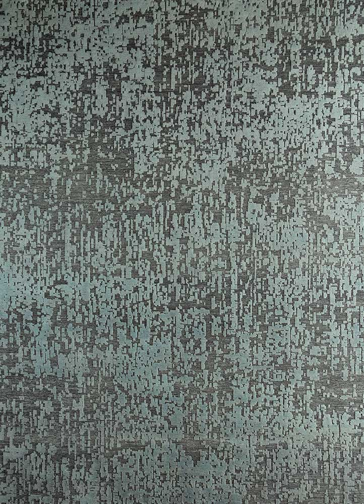 esme grey and black wool hand knotted Rug - HeadShot