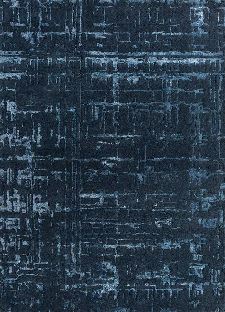 transcend blue wool hand tufted Rug - HeadShot