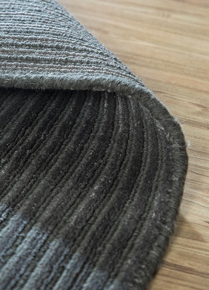 basis grey and black wool and viscose hand loom Rug - Loom