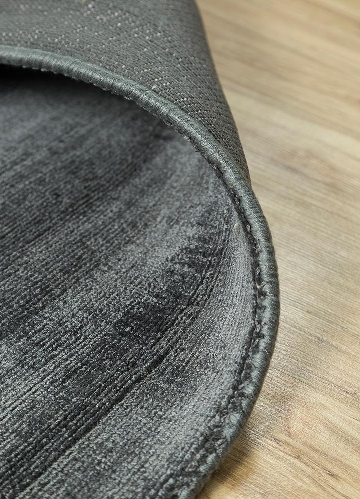 yasmin grey and black viscose hand loom Rug - Loom